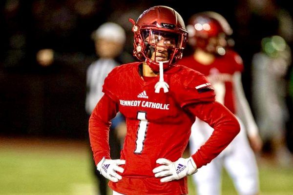 BREAKING: Four-Star Local Wide Receiver Jabez Tinae Commits To Washington