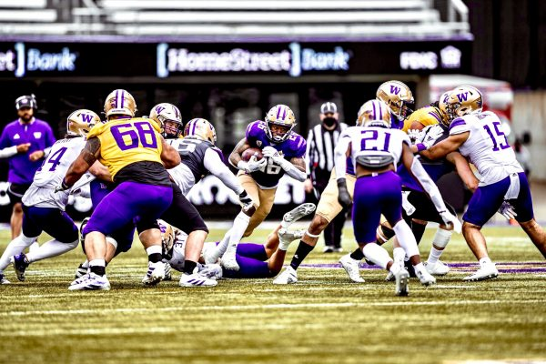 Team Purple Claims 22-13 Victory In First Spring Game Of The Jimmy Lake Era