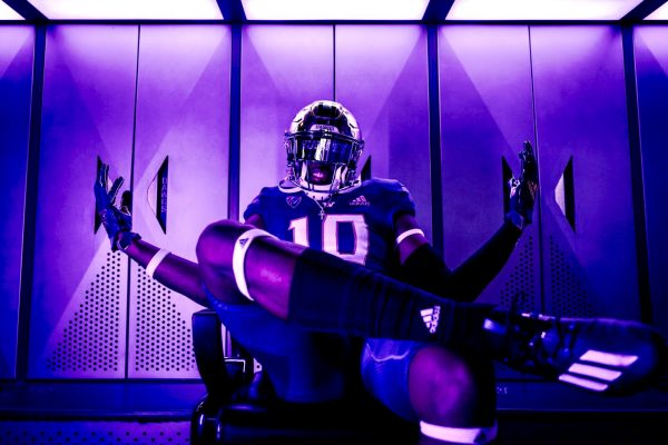 BREAKING: Three-Star Outside Linebacker Lance Holtzclaw Commits To Washington