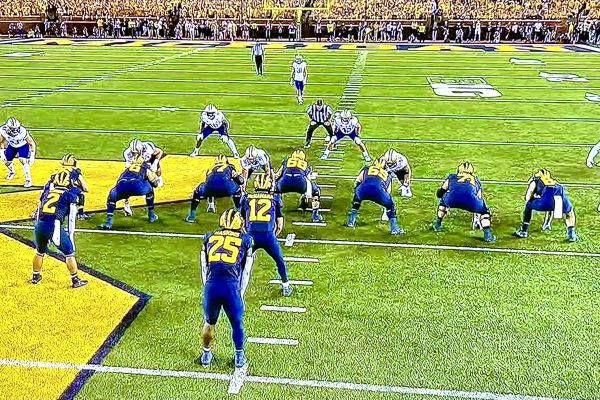 """Huskies Lose 31-10 Under The Lights At """"The Big House"""""""